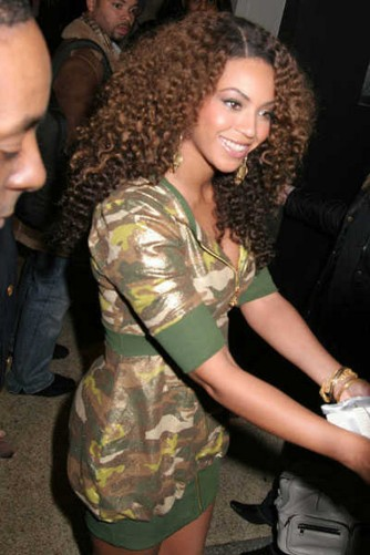 Celebrities-in-camouflage-8