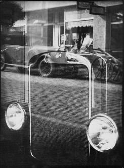 Reflexy, 1931 Fotografie ze sbírky Umělecko-průmyslov