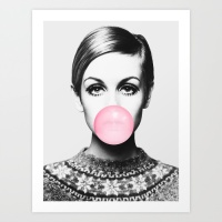 twiggy-bubble-gum-pink-woman-girl-fashion-face-prints
