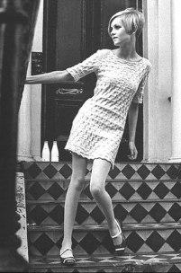 Twiggy-in-MQ-dress